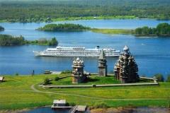 Motorship passes Kizhi island