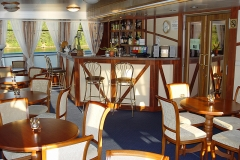 Cruise ship - bar