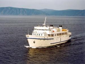 Baikal boat tour
